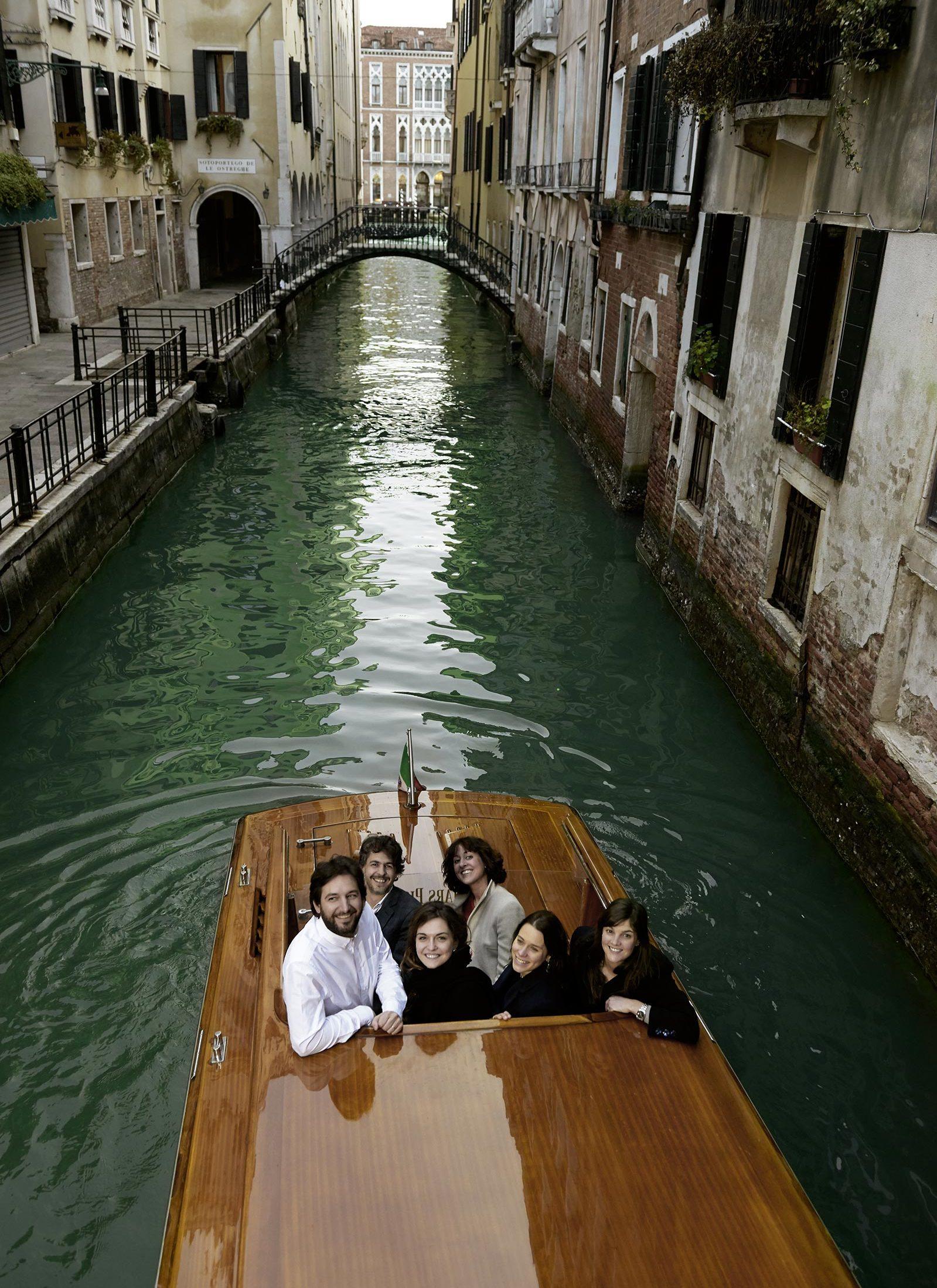 Water taxi check in casa flora venice - Casa flora venezia ...